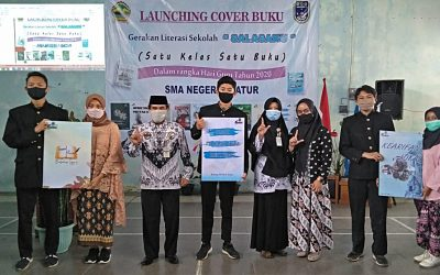 Meriahkan Hari Guru, SMA 1 Batur Launching Buku Karya Siswa dan Guru