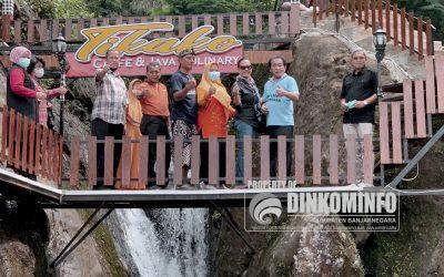 Kunjungi Rest Area Tikako, Bupati Budhi Sarwono : Fix, Tikako Memang Oke!