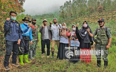 SMA 1 Batur Tanam Macadamia Massal Sebagai Aksi Peduli Lingkungan Untuk Rayakan HUT ke-29
